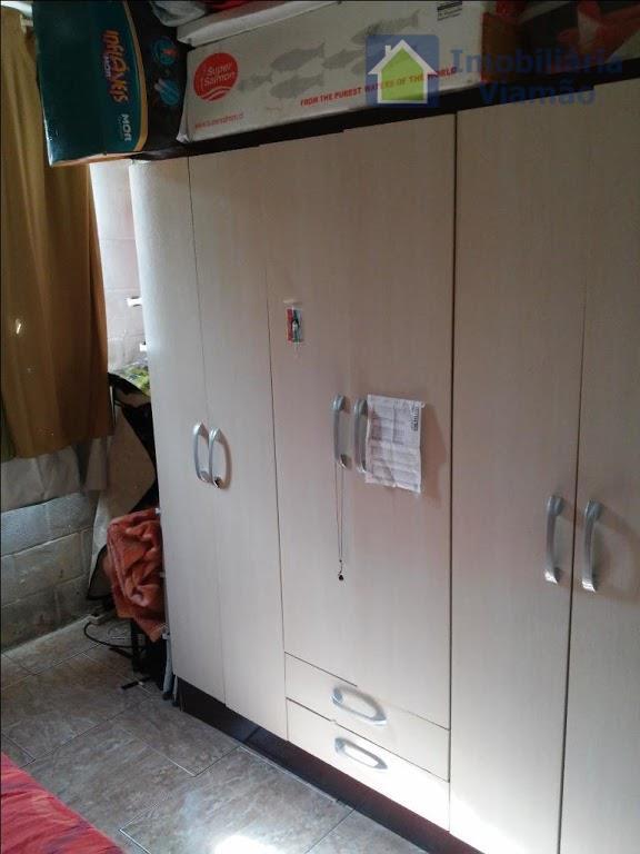 apartamento em condomínio fechado no centro de alvorada- 02 dormitórios, sala, cozinha, banheiro social, medindo area...