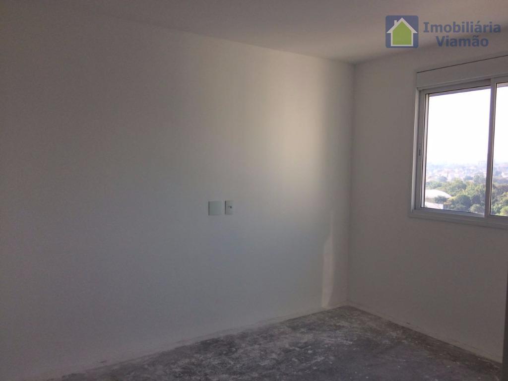 lindo apartamento de frente para a av. cavalhada no 9º andar de dois dormitórios, sendo uma...