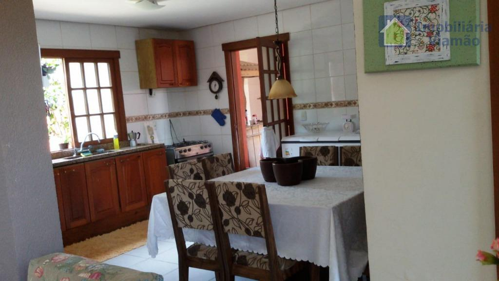excelente residência na zona sul de porto alegre imóvel isolado em terreno próprio com 70 metros...