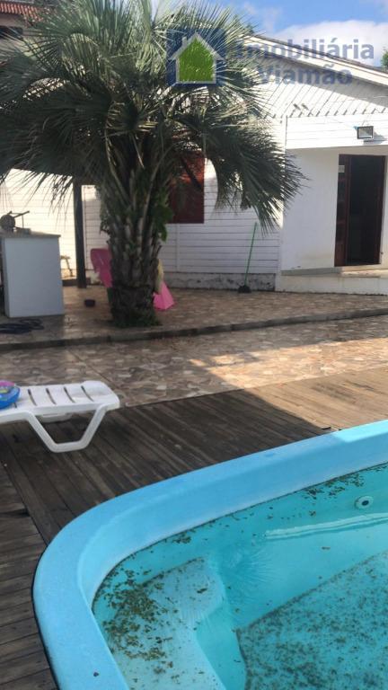 ótima casa próxima ao lago tarumã!residência com ótima localização, fica a 50 metros do lago tarumã,...