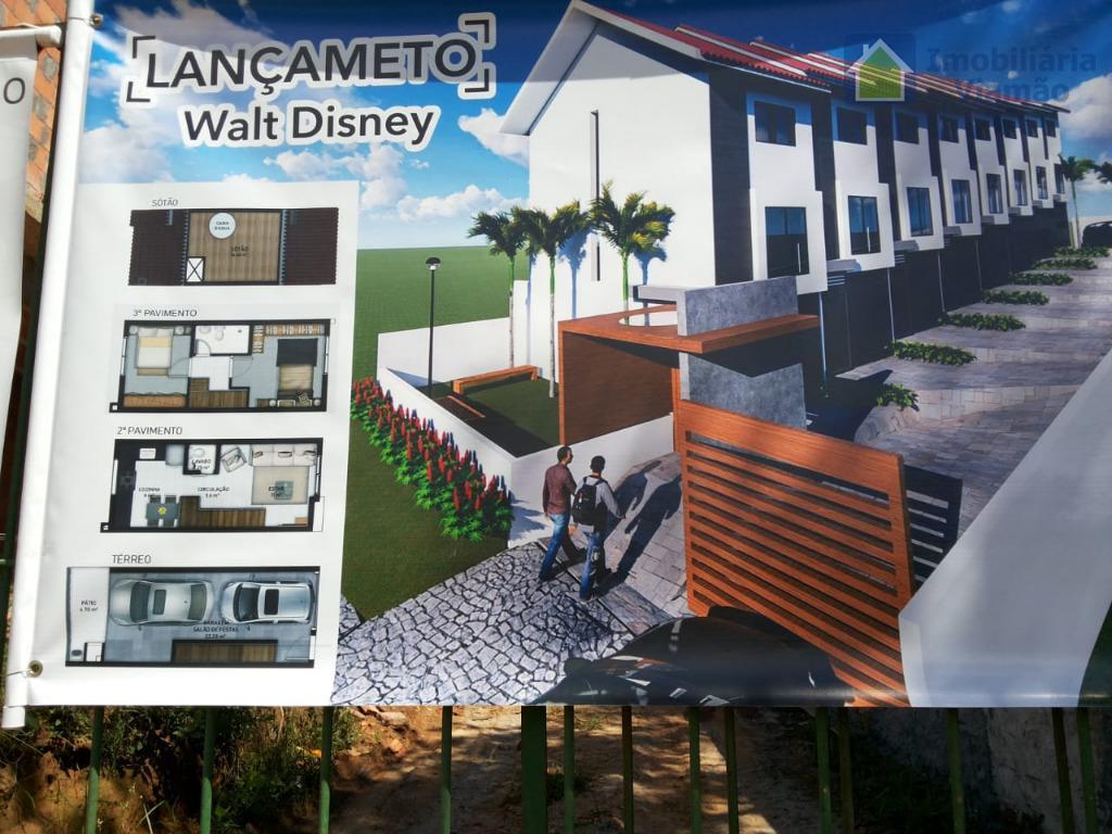 Sobrado com 2 dormitórios à venda, 95 m² por R$ 220.000 - Tarumã - Viamão/RS