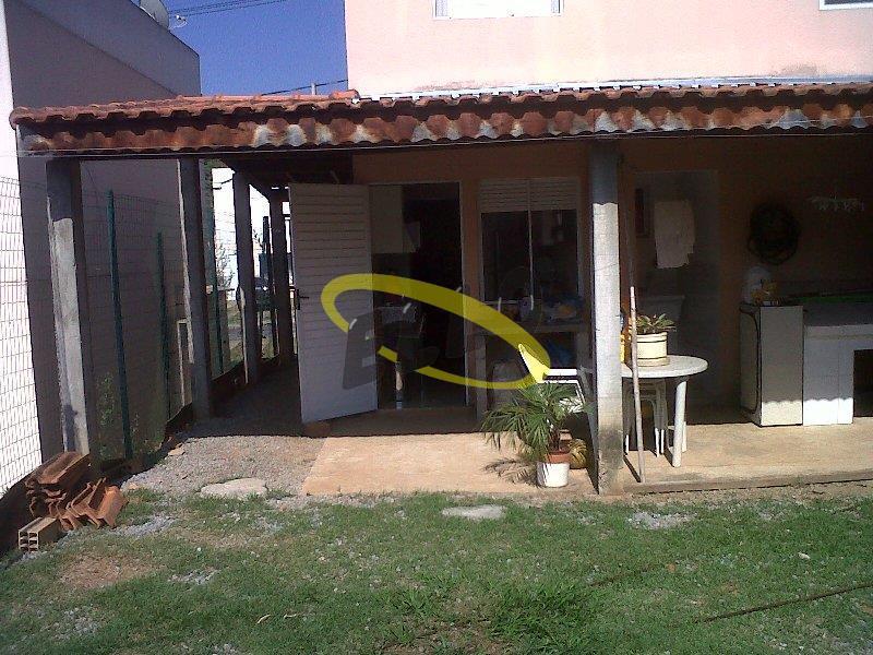 Casa em condomínio à Venda - Jardim Ísis