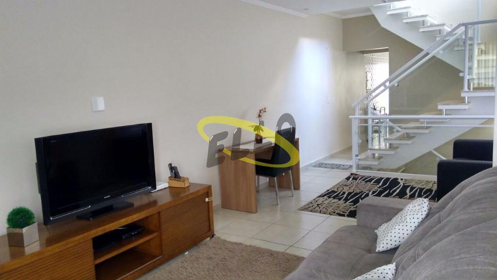 Casa em condomínio Segurança 24 horas, 3 dormitórios com Suíte, Lareira e Hidro