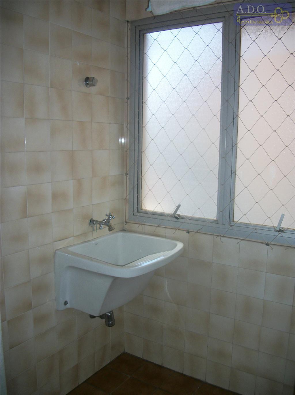 centro/vila itapura- próximo á maternidade - hall de entrada, sala p/ 2 ambientes ; 1 dormitório...
