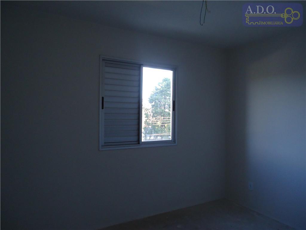 sala p/ 2 ambientes c/ sacada, hall de distribuição, banheiro social, 3 dormitórios (sendo uma suite),...