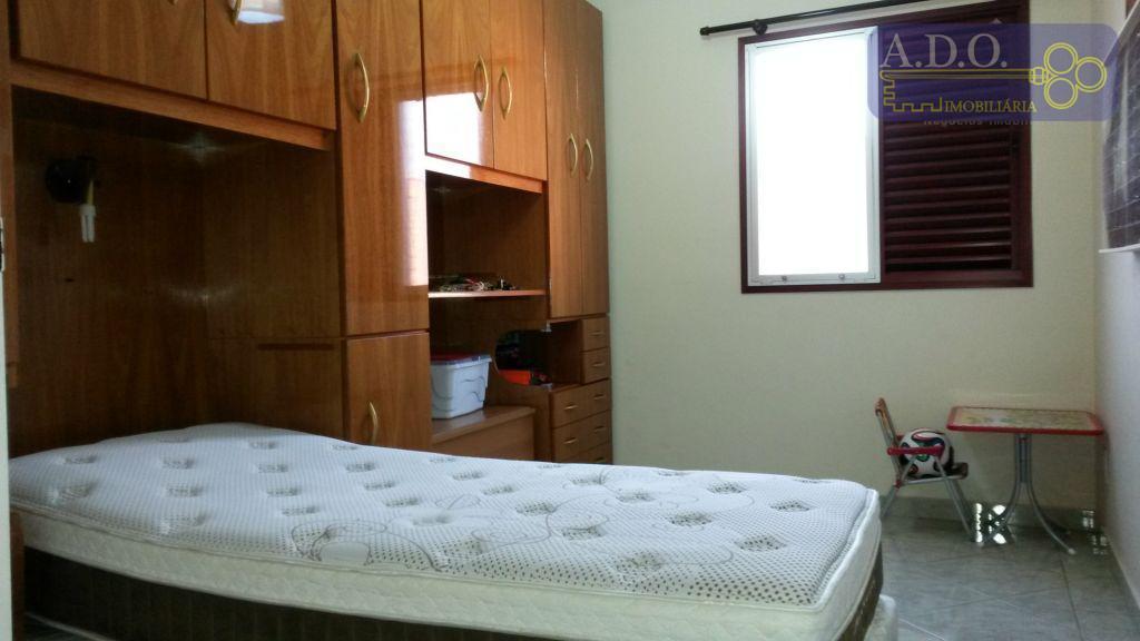 apto com 02 dormitórios sendo 01 c/armário (quarto solteiro), cozinha planejada, banheiro com gabinete e box,...
