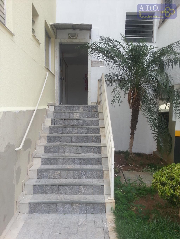 lindo apartamento com fino acabamento com ótima localização, com sanca de gesso, porcelanato, sala 02 ambientes,...