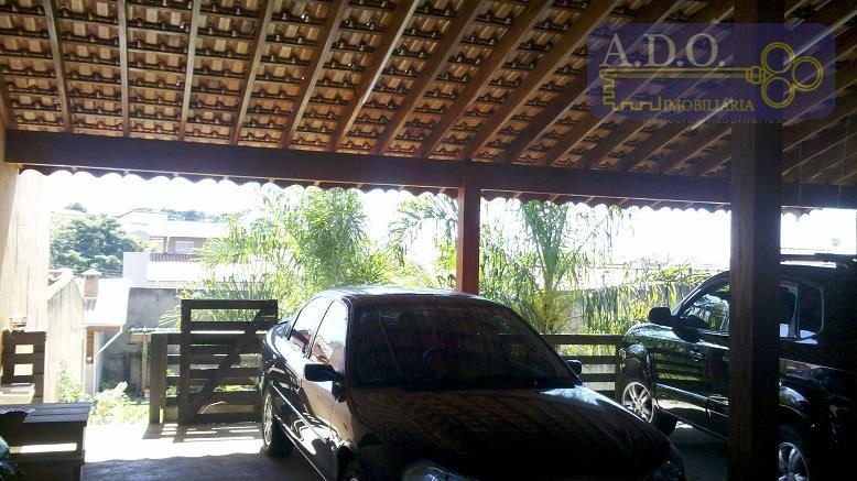 terreno 340,00 m2 plano, garagem coberta para 05 carros , pequeno lago com peixes. paisagismo. entrada...