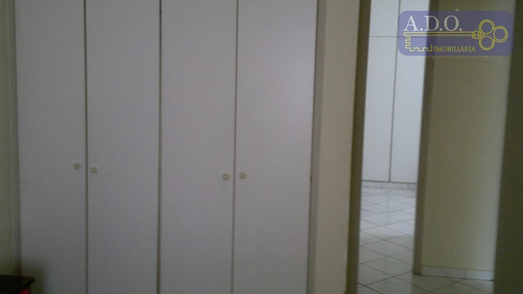 02 dormitórios com ae, piso frio banheiro social com box sala bem ampla em l para...