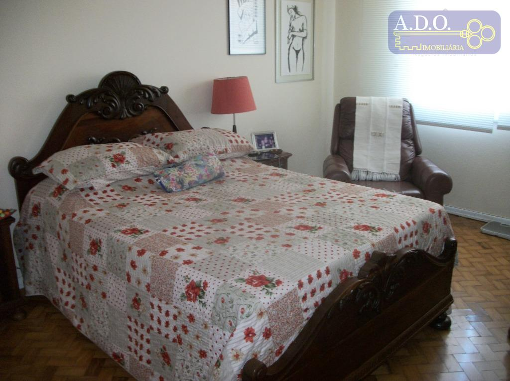 sala em l para 2 amplos ambientes; 3 dormitórios(sendo uma suite); banheiro privativo; banheiro social; copa;...