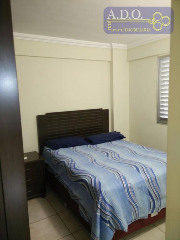 apartamento com 03 dormitórios, piso frio sala para 2 amb. piso frio banheiro social, lavatório de...