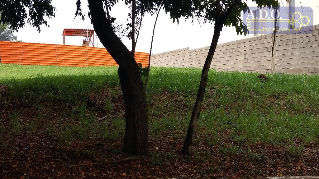 pq. xangrilá - excelente terreno de 525m2, com 15 metros de frente; aclive; portaria 24 hs;...