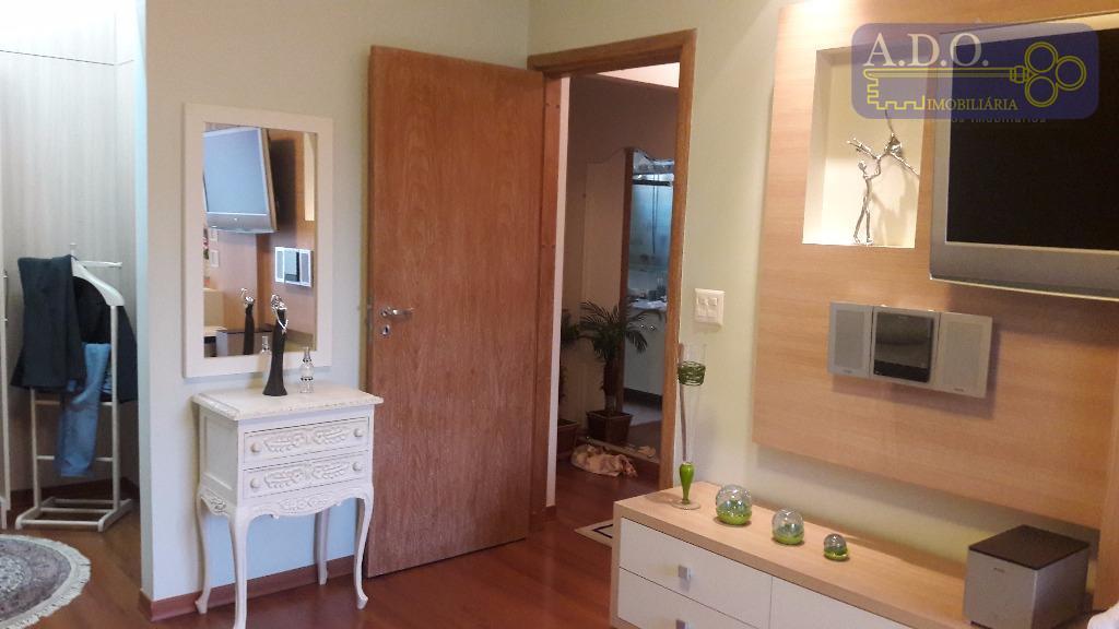vila itapura/clube fonte são paulo; sala em desnivel para 2 amplos ambientes: piso assoalho de madeira,...