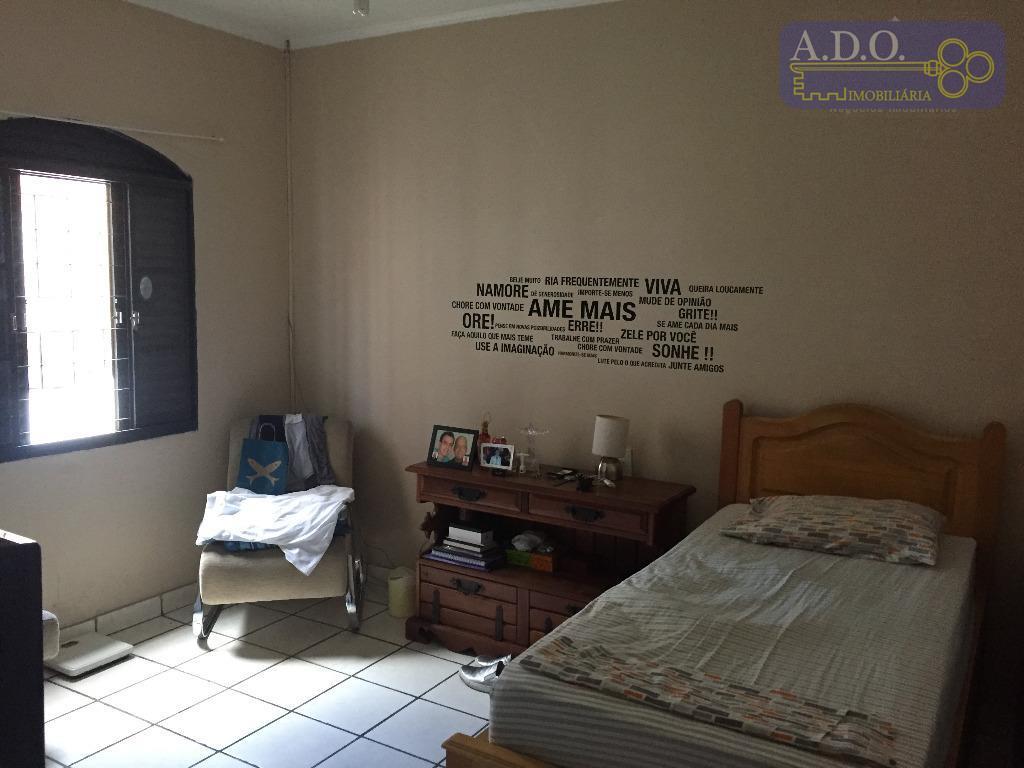 cara de 3 dormitórios sendo 1 suite.sala 2 ambientesgaragem para até 3 carrosbanheiro socialcozinha ampla com...