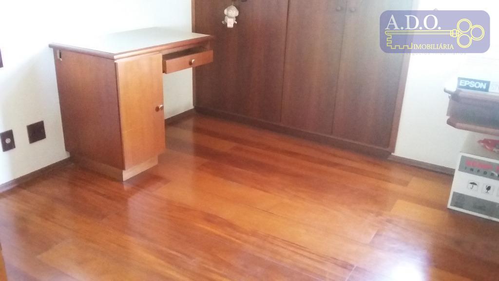 sala 2 ambientes; sacada; 2 +1 dormitórios; banheiro social; cozinha; área de serviço; garagem coberta para...
