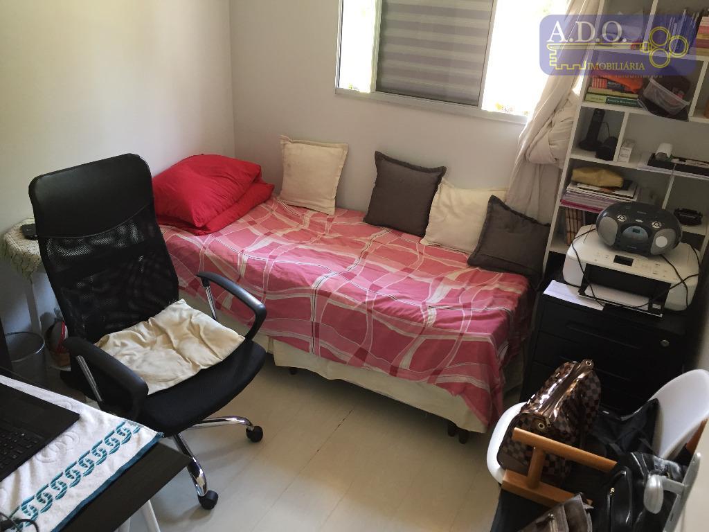 casa de 3 dormitórios sendo 1 suíte com armários embutidos.cozinha ampliada com varanda externasala 2 ambientes...