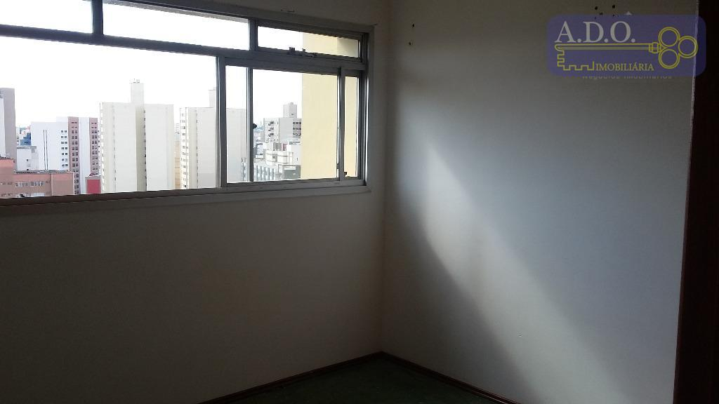 centro pucc- kitinetão com sala/dormitório; cozinha e banheiro; rua barreto leme 1083 - ao lado do...