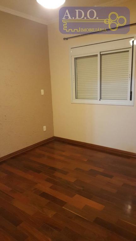 * casa em condomínio fechado * 3 dormitórios sendo 1 suíte com armários embutidos* sala 2...