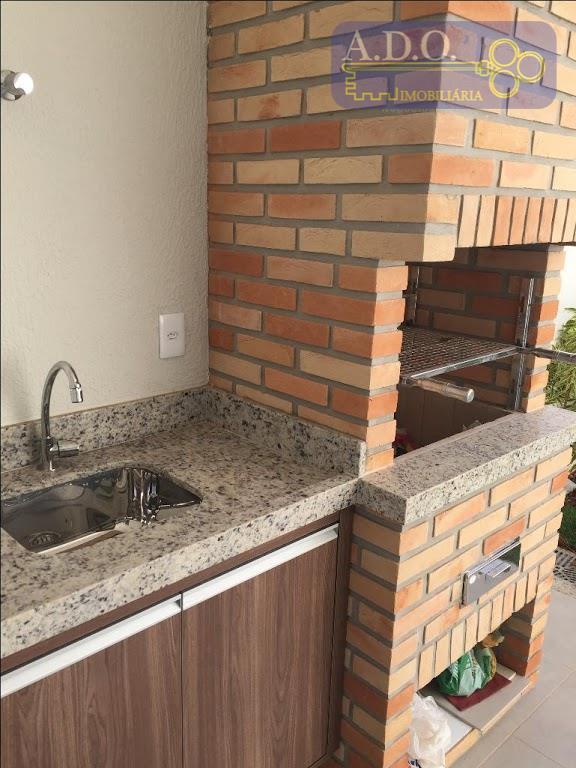 casa térrea* 3 suítes sendo 1 closet com armários* sala 2 ambientes* cozinha americana com ilha...