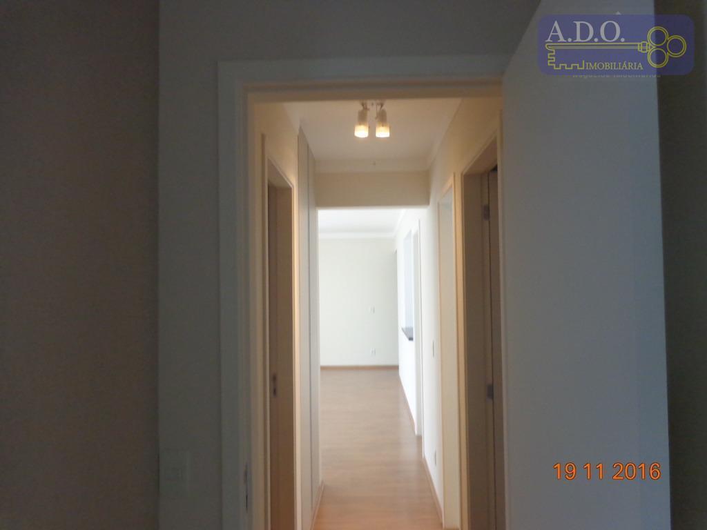 apartamento c/ 3 dorms. sendo 1 suíte ampla com nicho para ar, armários nos 2 dorms....