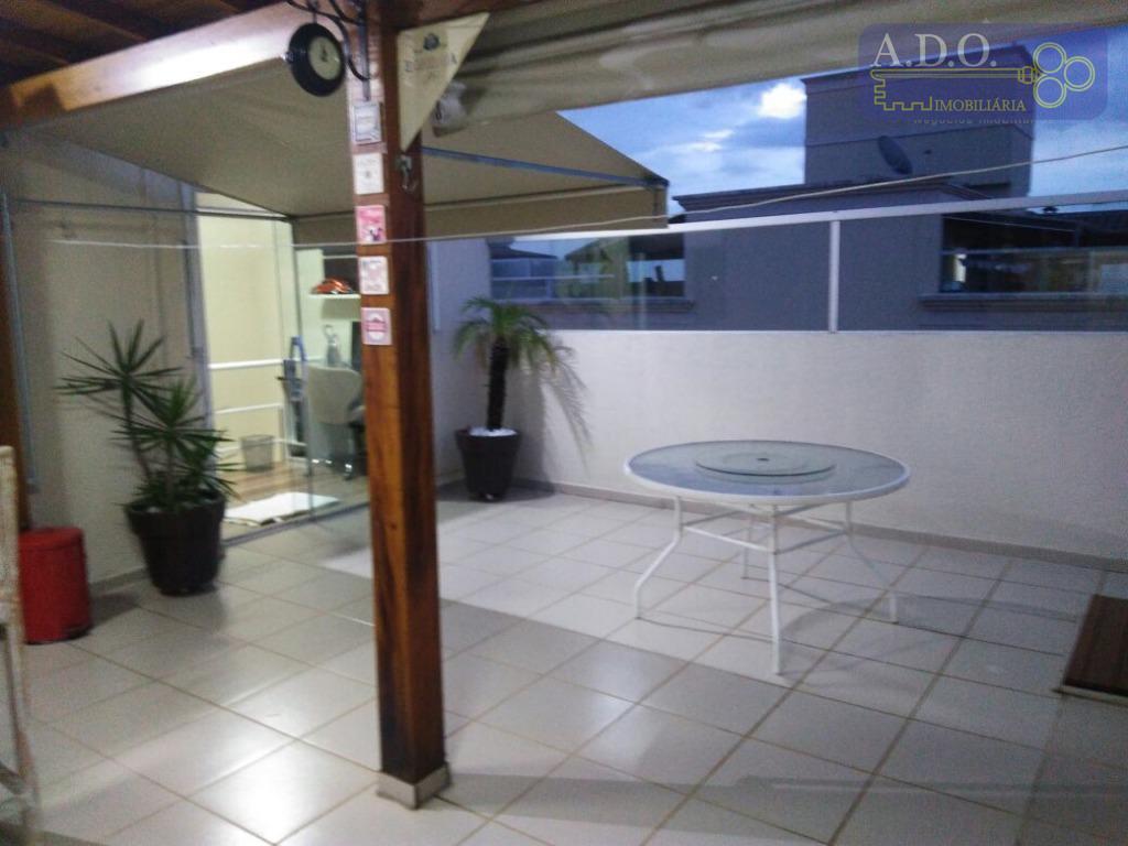 cobertura com ótimo acabamento.*2 dormitórios com armários*2 banheiros* sala 2 ambientes* cozinha planejada* pavimento superior com...