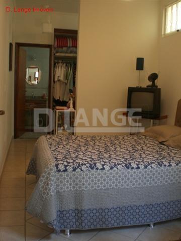 Casa de 4 dormitórios em Taquaral, Campinas - SP
