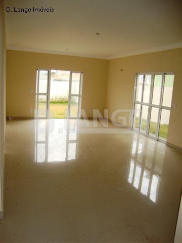 Casa de 4 dormitórios em Fazenda Santana, Valinhos - SP