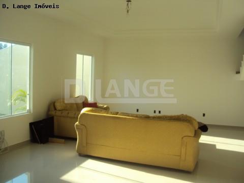 Casa de 3 dormitórios em Parque Xangrilá, Campinas - SP