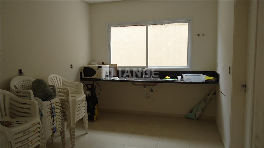 Casa de 4 dormitórios em Dois Córregos, Valinhos - SP