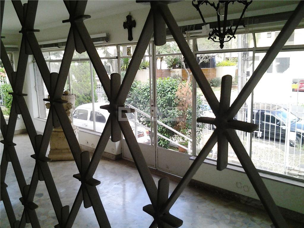 Casa de 4 dormitórios em Cambuí, Campinas - SP