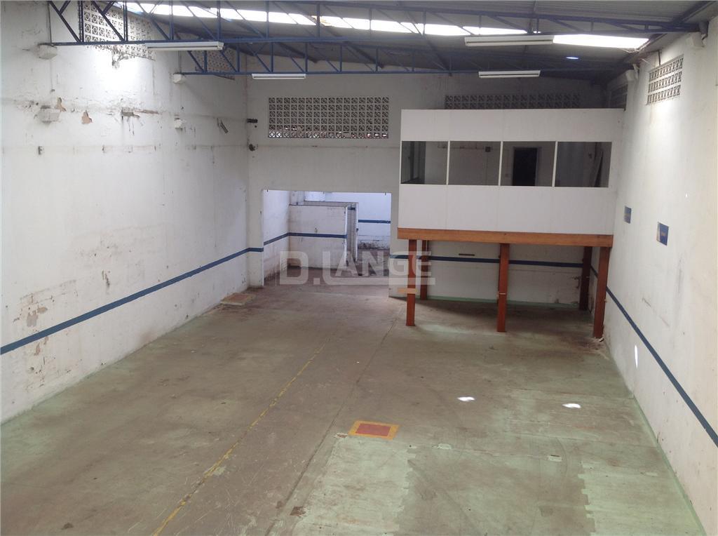 Barracão em Santa Terezinha, Paulínia - SP