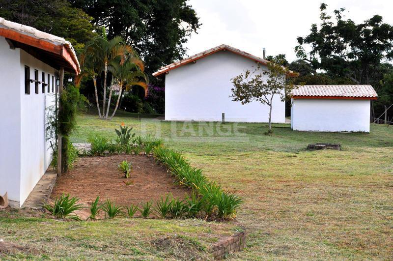 Hotel de 8 dormitórios em Jardim, Cunha - SP