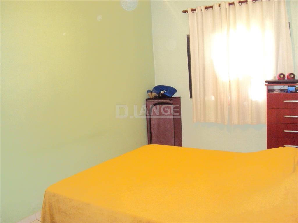 Casa de 3 dormitórios em Parque Santa Bárbara, Campinas - SP