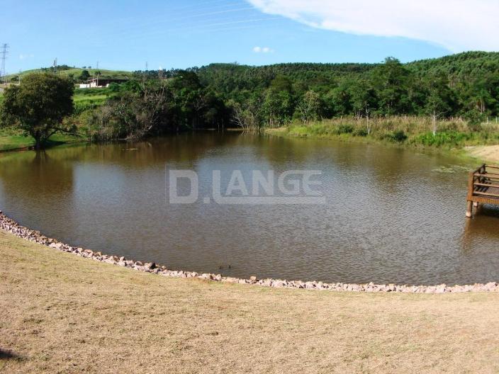 Terreno em Bairro Cachoeira, Vinhedo - SP