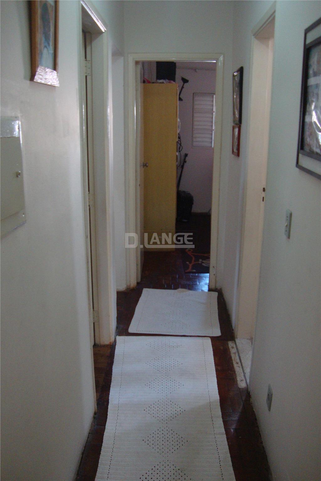 Casa de 3 dormitórios em Parque Tropical, Campinas - SP