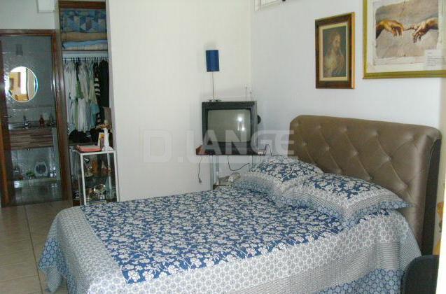 Casa de 4 dormitórios em Jardim Margarida, Campinas - SP