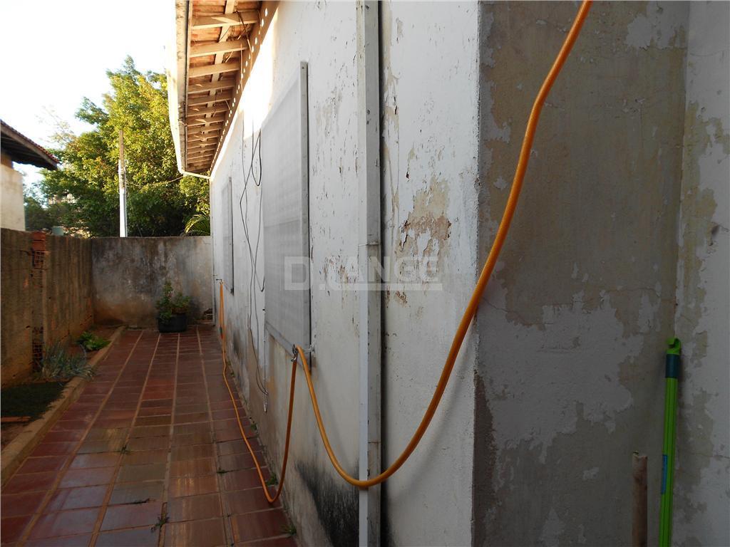 Casa de 2 dormitórios em Vila Nova Teixeira, Campinas - SP