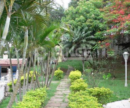 Chácara de 7 dormitórios em Dois Córregos, Valinhos - SP
