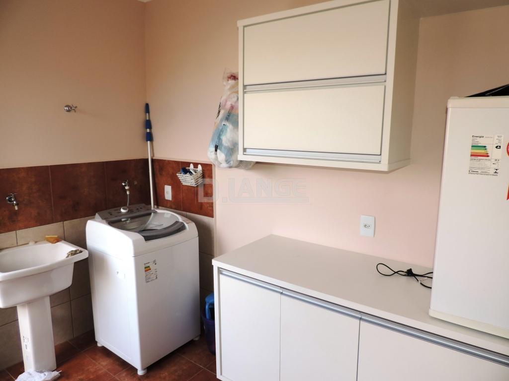 Casa de 3 dormitórios em Pinheiro, Valinhos - SP