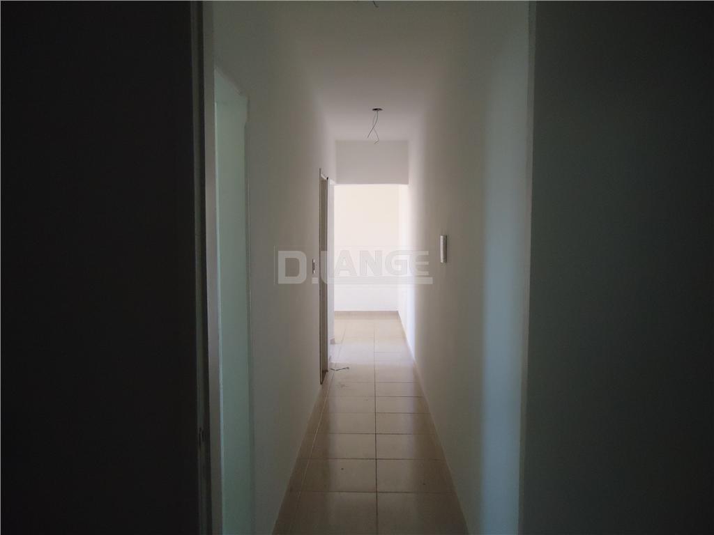 Casa de 3 dormitórios em Jardim Do Trevo (Nova Veneza), Sumaré - SP