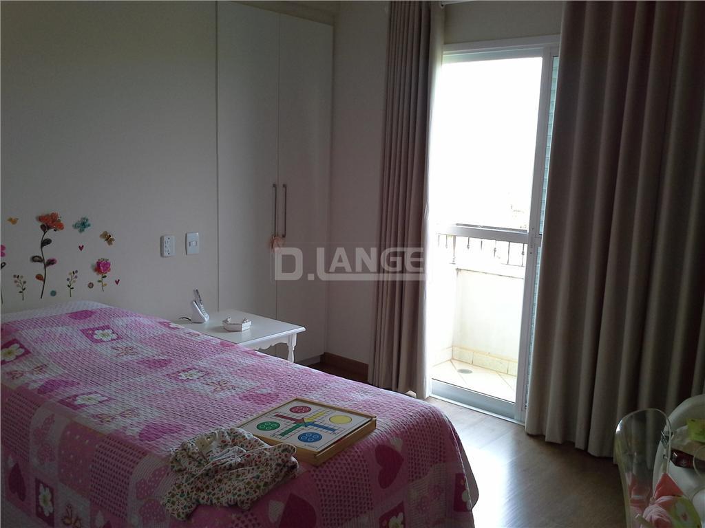 Casa de 3 dormitórios em Jardim Soleil, Valinhos - SP