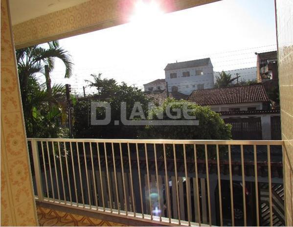 Casa de 3 dormitórios em Vera Cruz, Mongaguá - SP