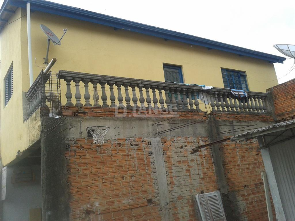 Casa de 2 dormitórios em Parque São Quirino, Campinas - SP