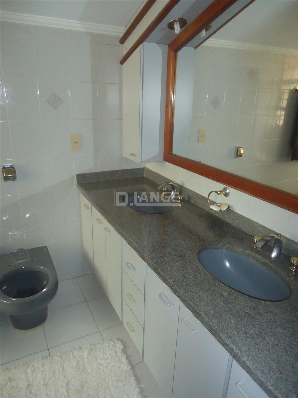 Casa de 5 dormitórios em Parque São Quirino, Campinas - SP