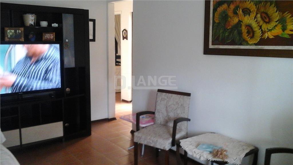 Casa de 4 dormitórios em Jardim Santana, Valinhos - SP