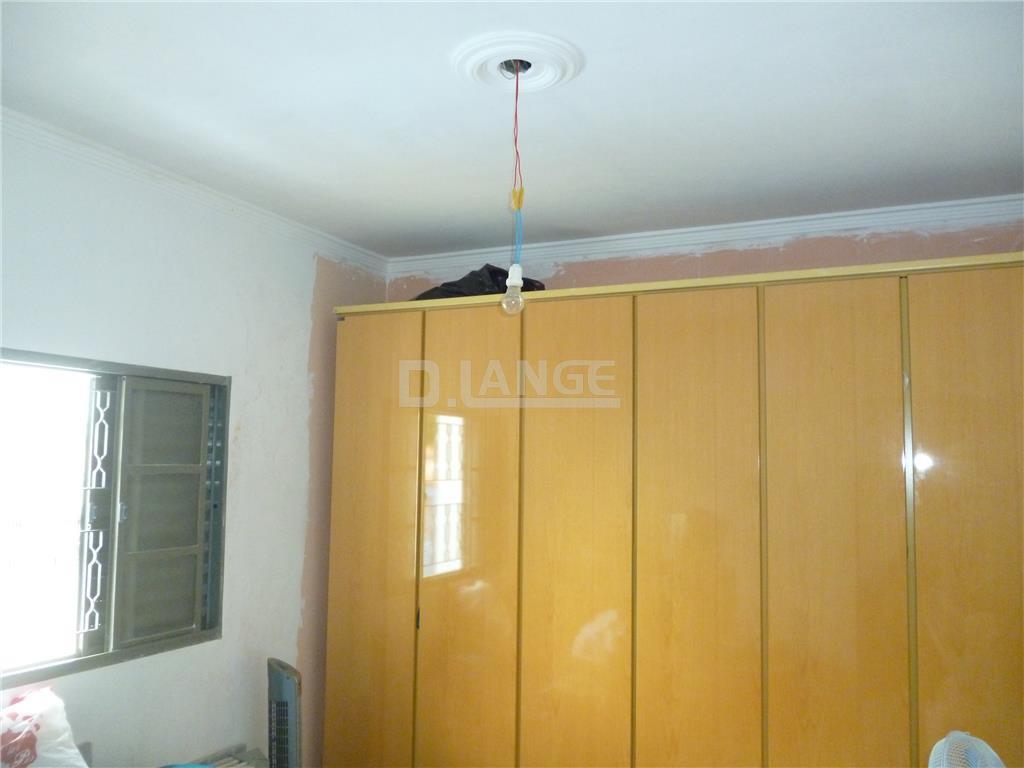 Casa de 3 dormitórios em Vila Manoel Ferreira, Campinas - SP