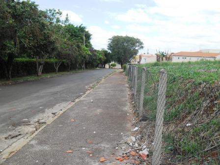 Terreno à venda em Parque Das Universidades, Campinas - SP