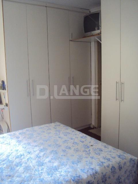 Casa de 3 dormitórios em Bosque, Campinas - SP