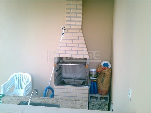 Casa de 3 dormitórios em Parque Dom Pedro Ii, Campinas - SP