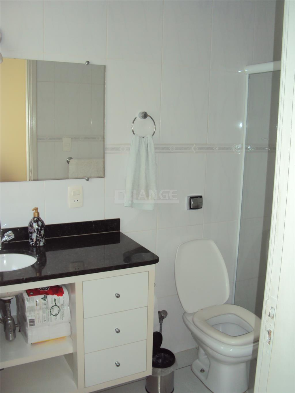 Casa de 3 dormitórios em Jardim Leonor, Campinas - SP